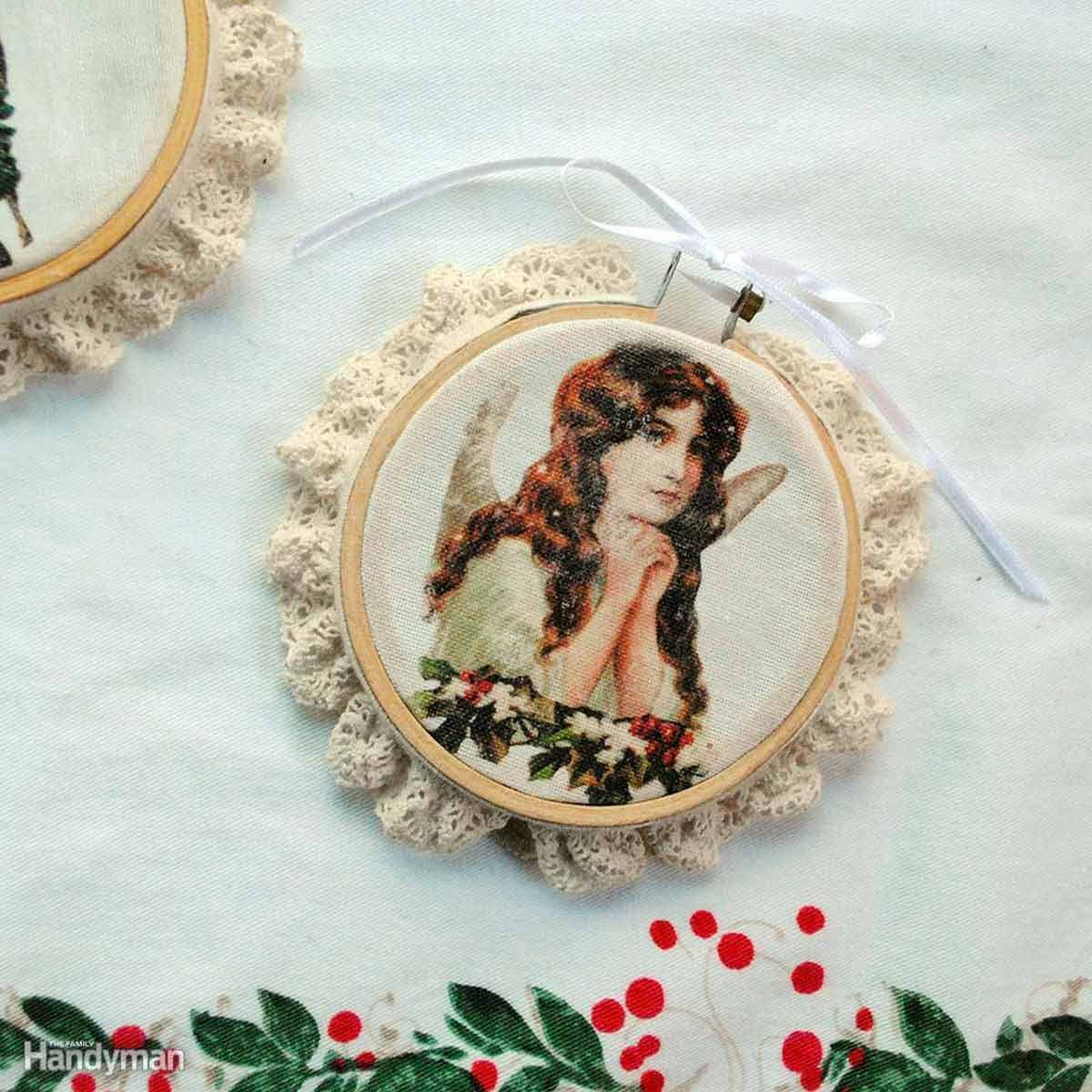 Simple Christmas Decorations: Victorian Image Transfer Ornaments