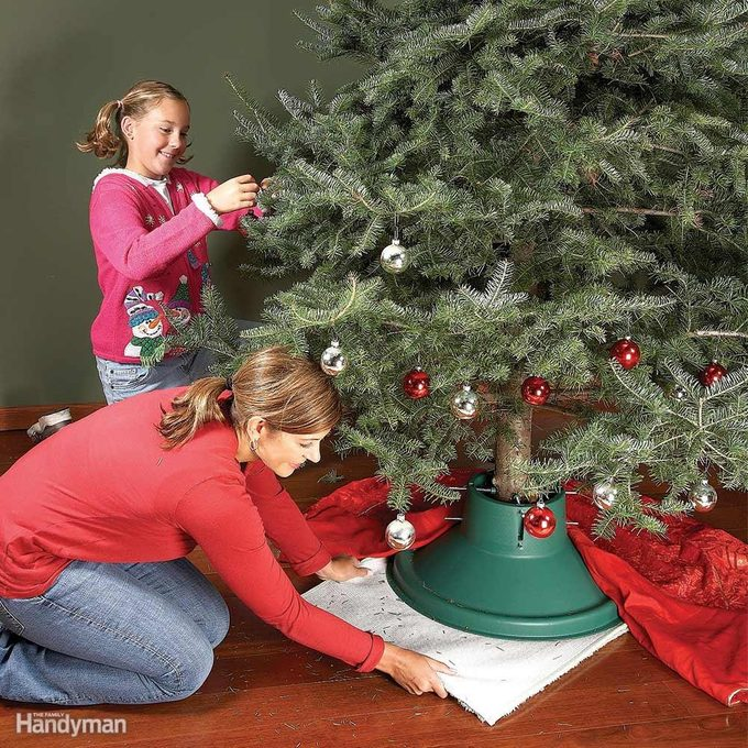 Lazy Susan Tree Stand for Wood Floors