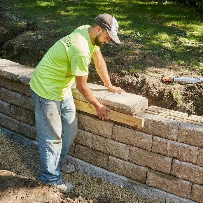 Lining up the capstones   Construction Pro Tips