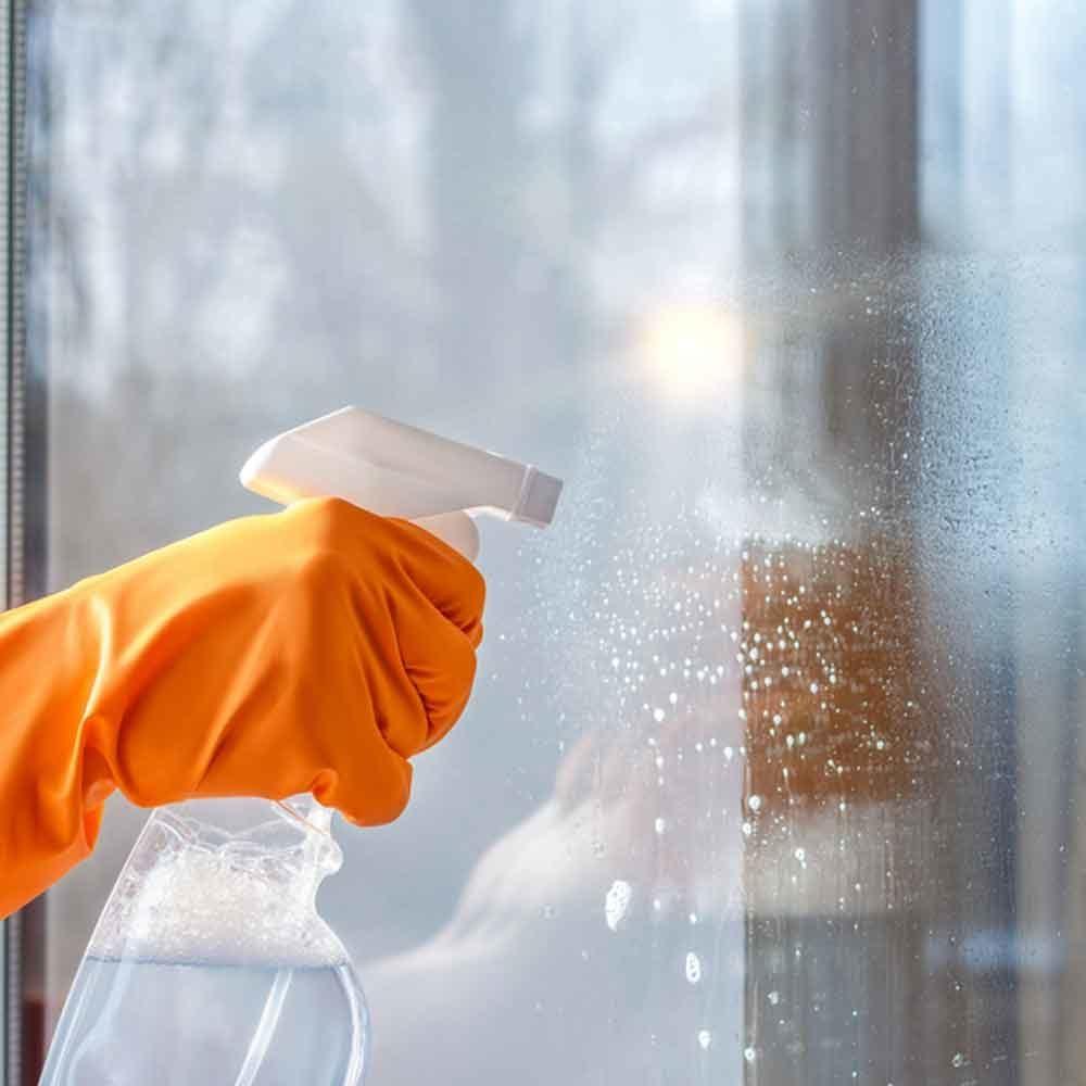 glass cleaning spray bottle wash windows