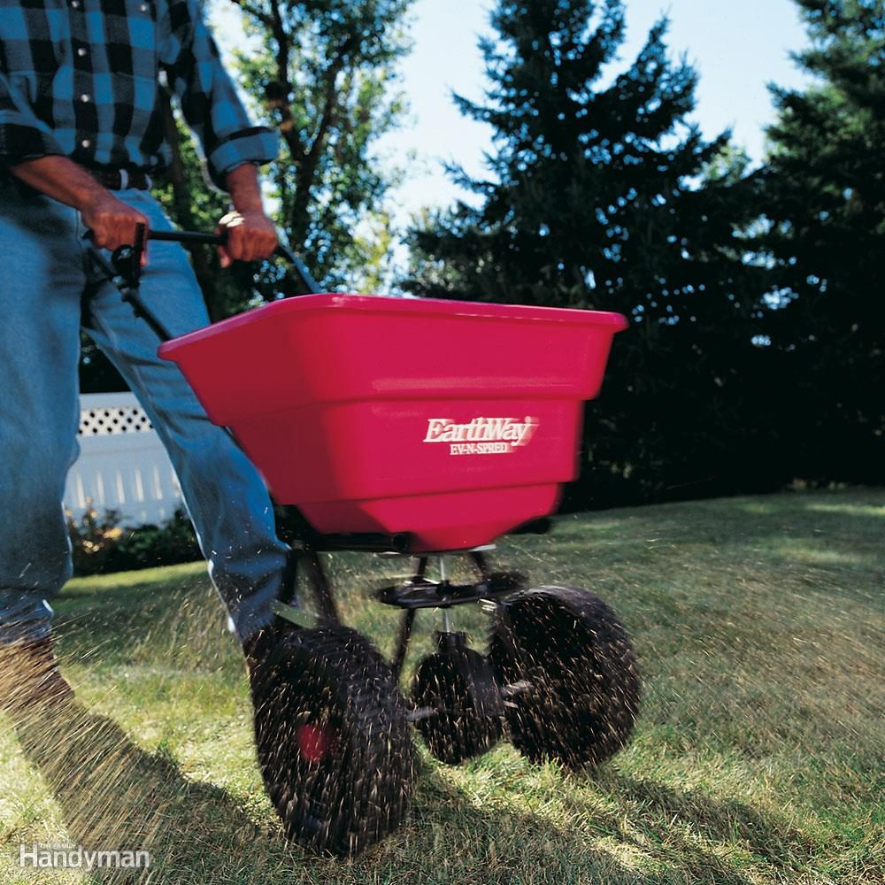 How To Use A Fertilizer Spreader And Seed Spreader The