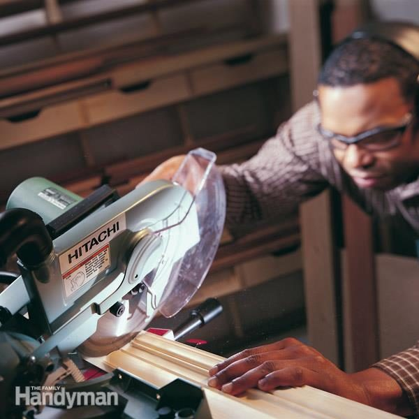 How to use a power miter saw the family handyman fh01junpowmit01 3 miter saw keyboard keysfo Image collections