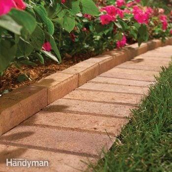 Garden Lawn Edging Ideas And Install Tips Diy Family Handyman