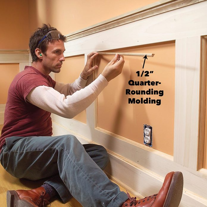 Finish the last wainscoting details