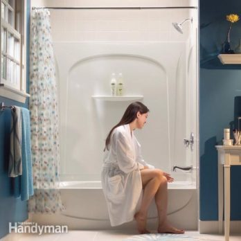How To Buy A New Bathtub And Surround The Family Handyman - Bathroom tubs and surrounds