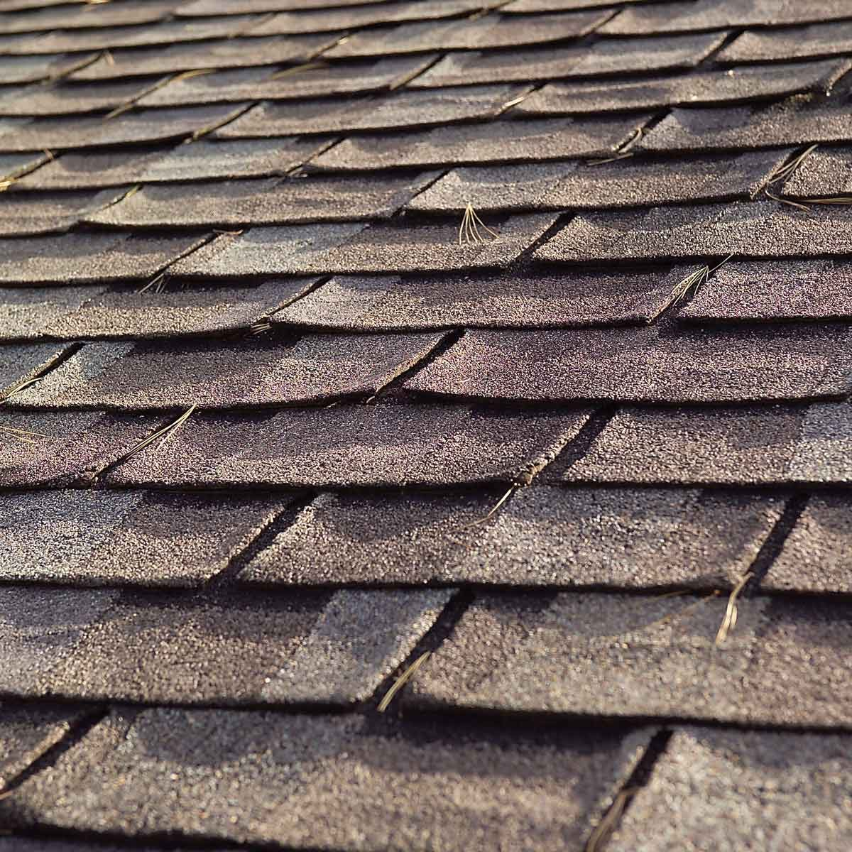Roof Removal How To Tear Off Roof Shingles With Roofing