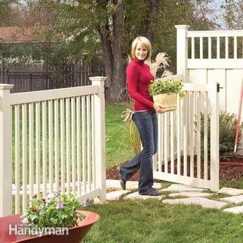 installing a vinyl fence
