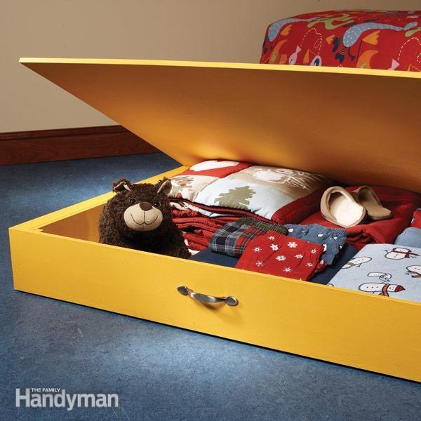 FH08APR_UNDROL_01-2 under bed storage box