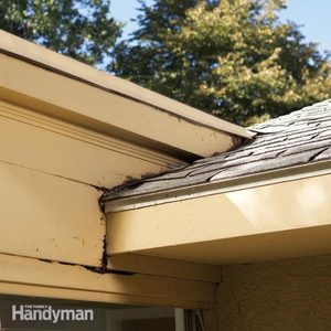 Repair Siding: Use a Kick-Out Flashing to Stop Rot