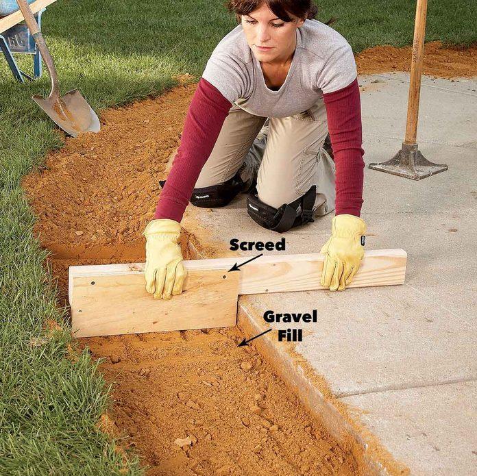 screed the gravel brick pavers