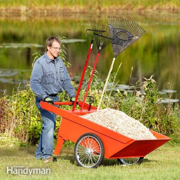DIY Garden Cart | Homesteader's Ultimate Guide For Christmas: Gift Ideas This Year