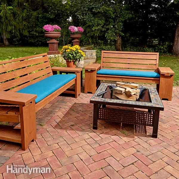 Perfect patio combo wooden bench plans with built in end table the family handyman for Patio furniture designs plans