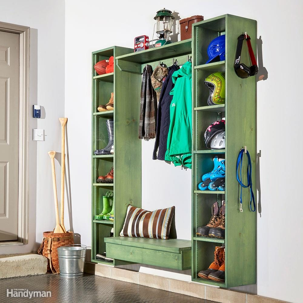 DIY a Mudroom