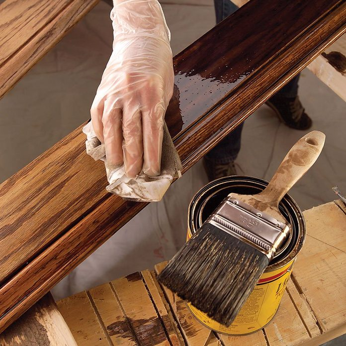 Staining a dark stain onto a piece of trim | Construction Pro Tips