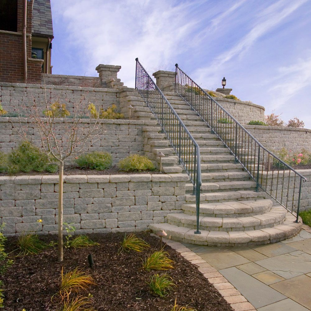 A retaining wall with tiers | Construction Pro Tips