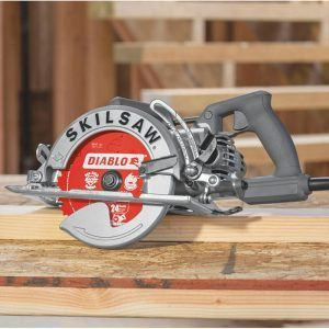 Worm Drive Circular Saw vs Direct Drive: Which One's Best for You?