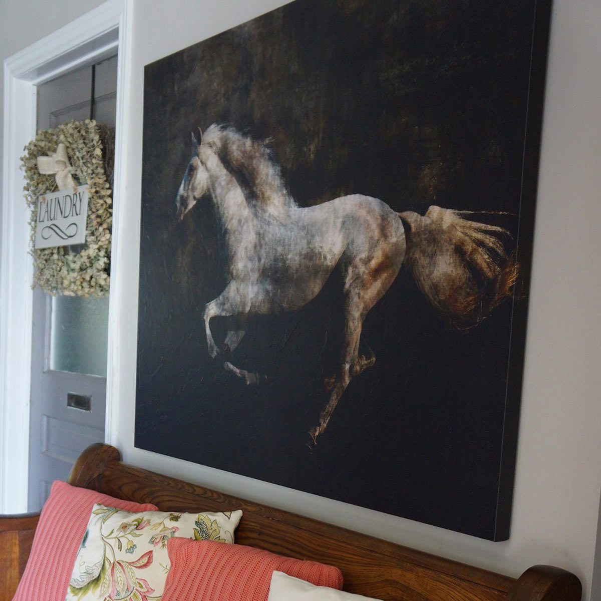 Farmhouse Look: Statement Art