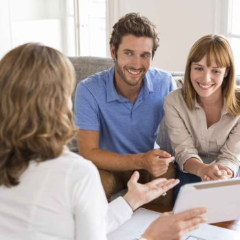Follow These 8 Steps to Successfully Purchase Your First Home