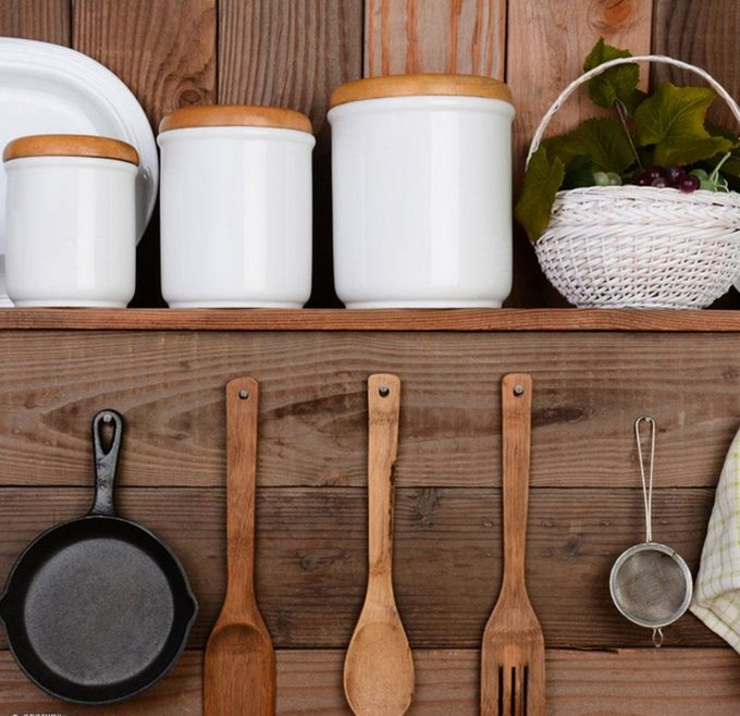 Functional Décor for Small Kitchens