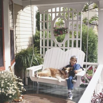 10 Pretty Porch Swings You Can Enjoy This Summer
