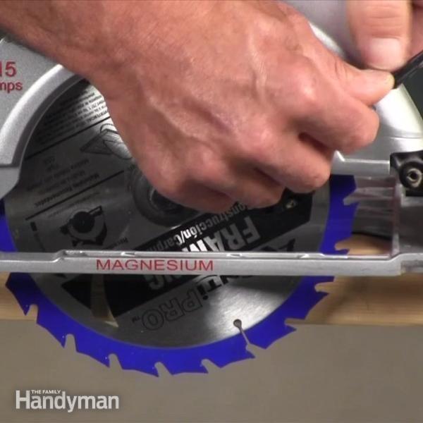 Video: Using A Circular Saw Part 55