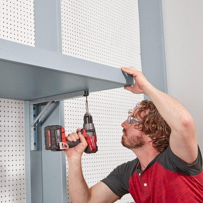 adjustable shelf assembly
