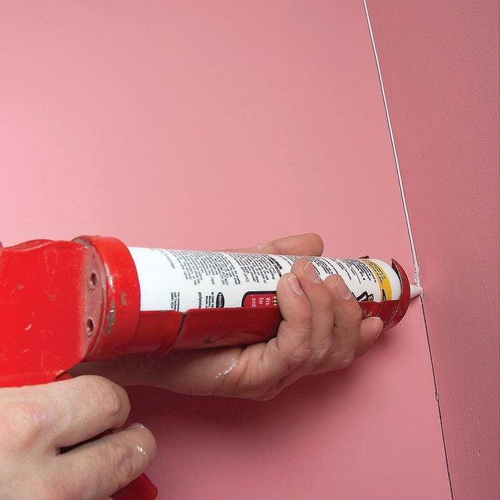 Paint caulk for perfect walls