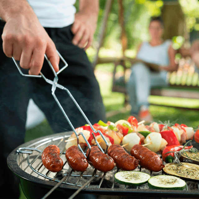 grill hot dogs and vegetables