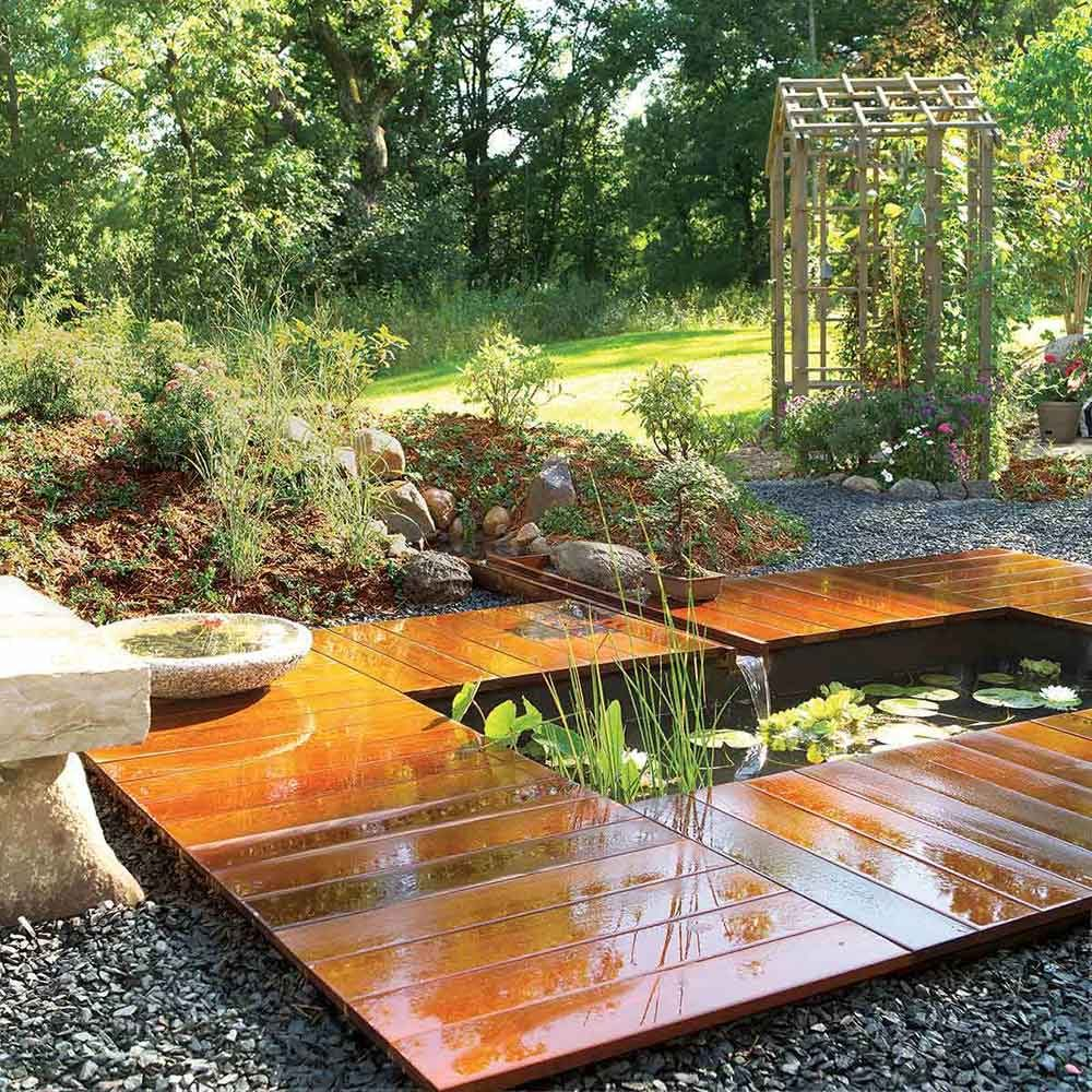 Awesome Peaceful Pond And Deck