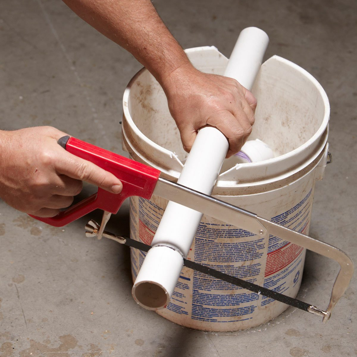 Stay-Put PVC Pipe Cutter