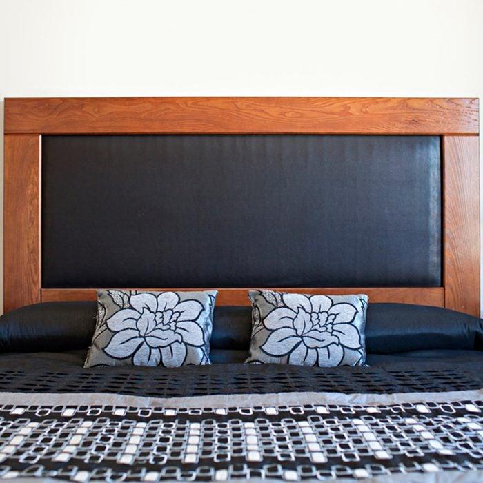DIY headboard: Sleek Leather