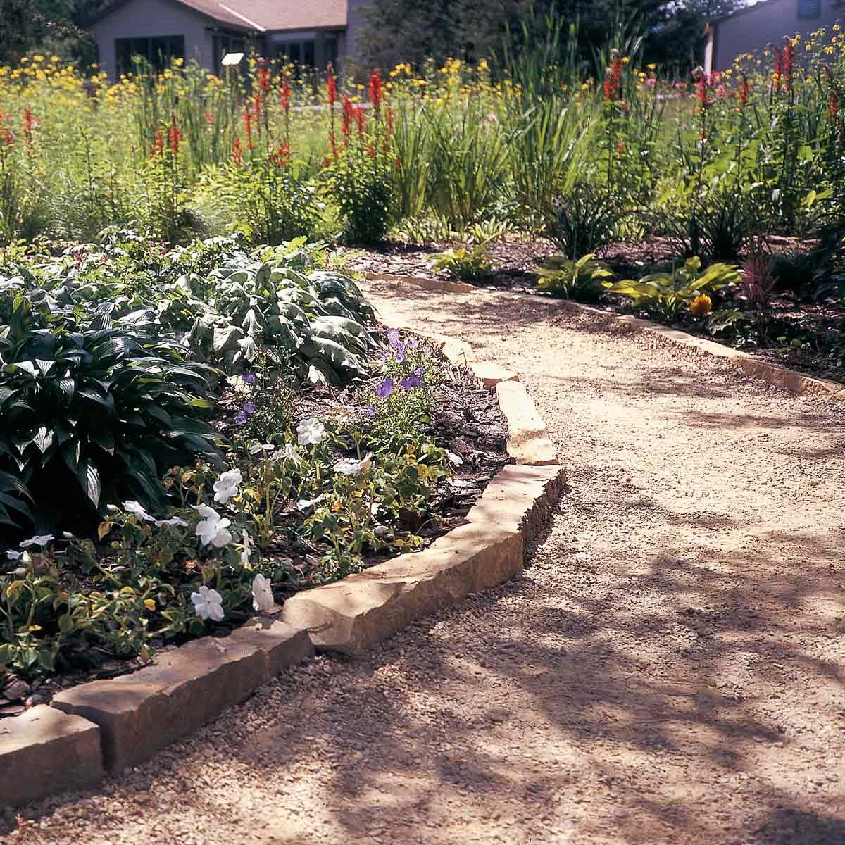 Tips for Building Mulch and Gravel Paths