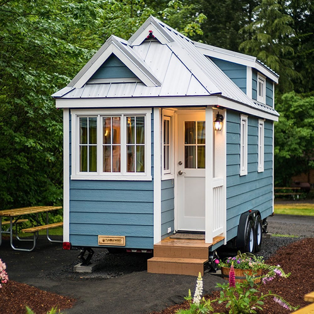 15 amazing tiny homes family handyman. Black Bedroom Furniture Sets. Home Design Ideas