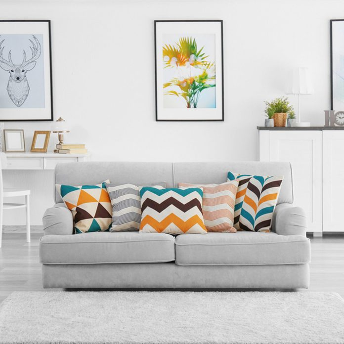 Living room modern couch pillows