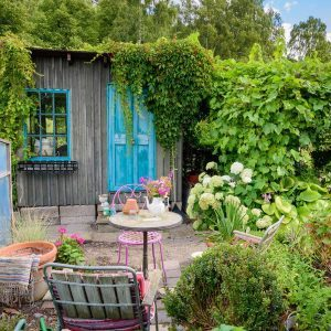 12 Ideas for Turning a Storage Shed into a Relaxing Space