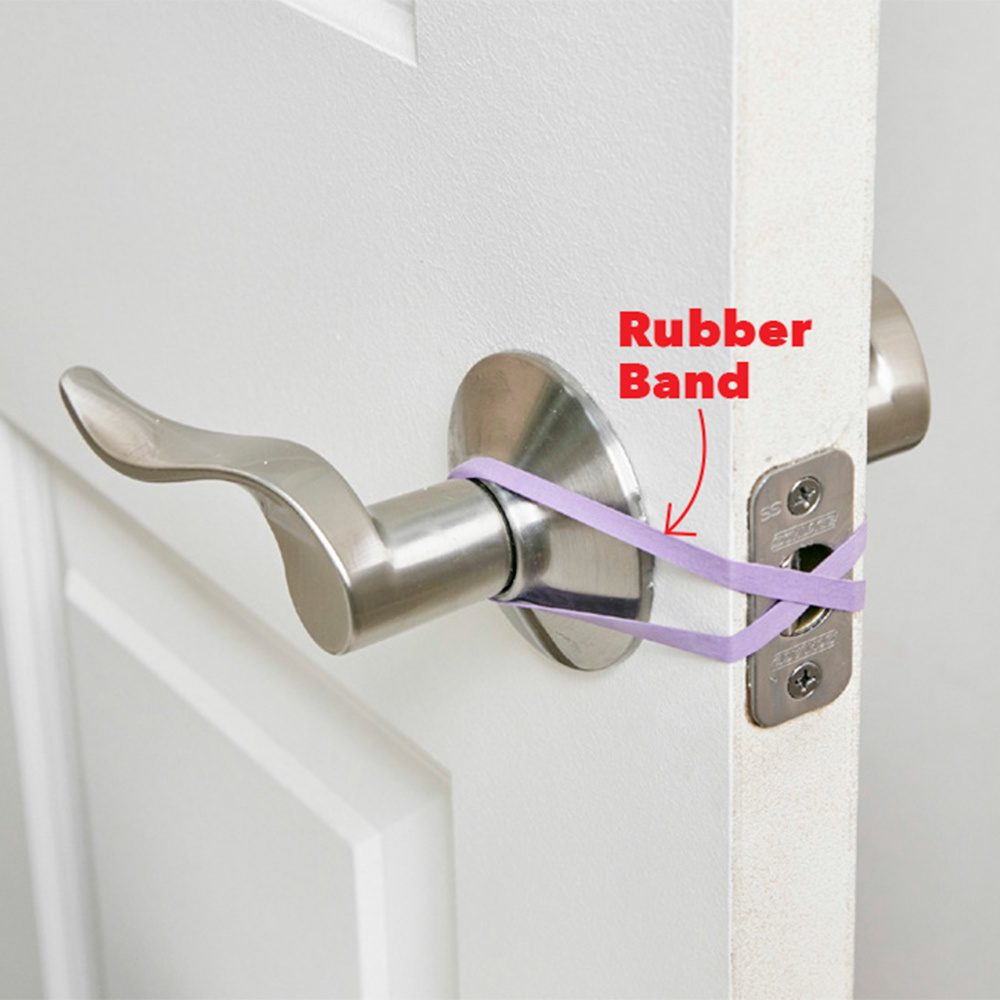 Hands-free door trick rubber band