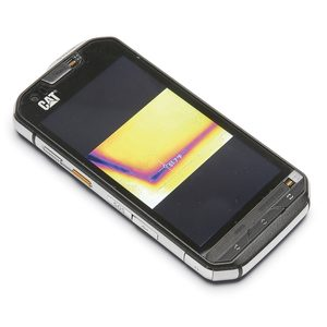 Smartphone with thermal imaging