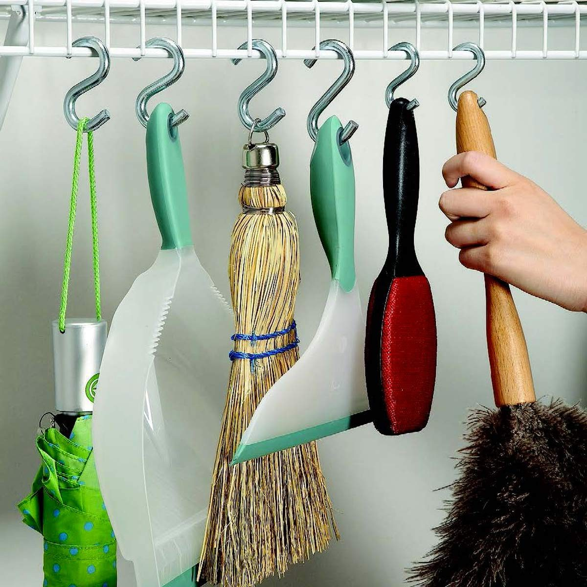 s-hook hanging storage hack cleaning supplies