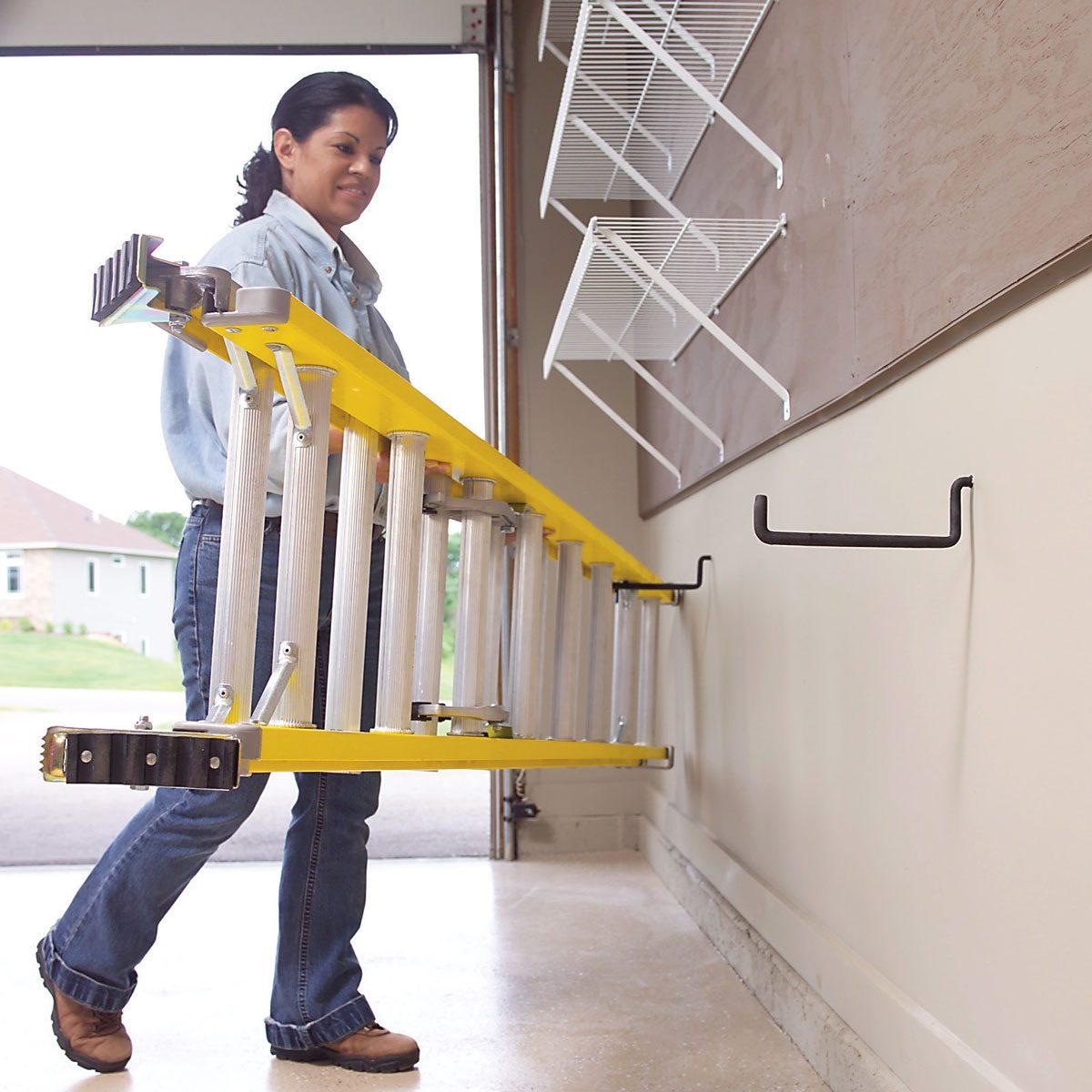 Hang Ladders Low