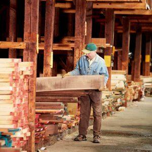 How to Buy Rough-Sawn Lumber