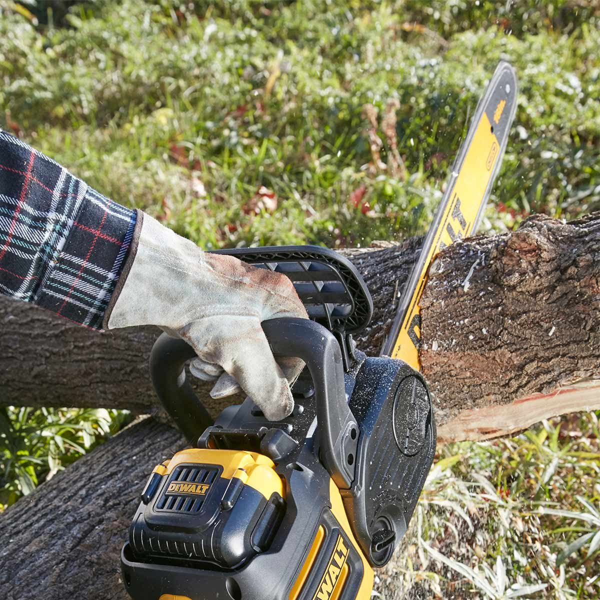 Best cordless chain saws the family handyman what we discovered greentooth Gallery