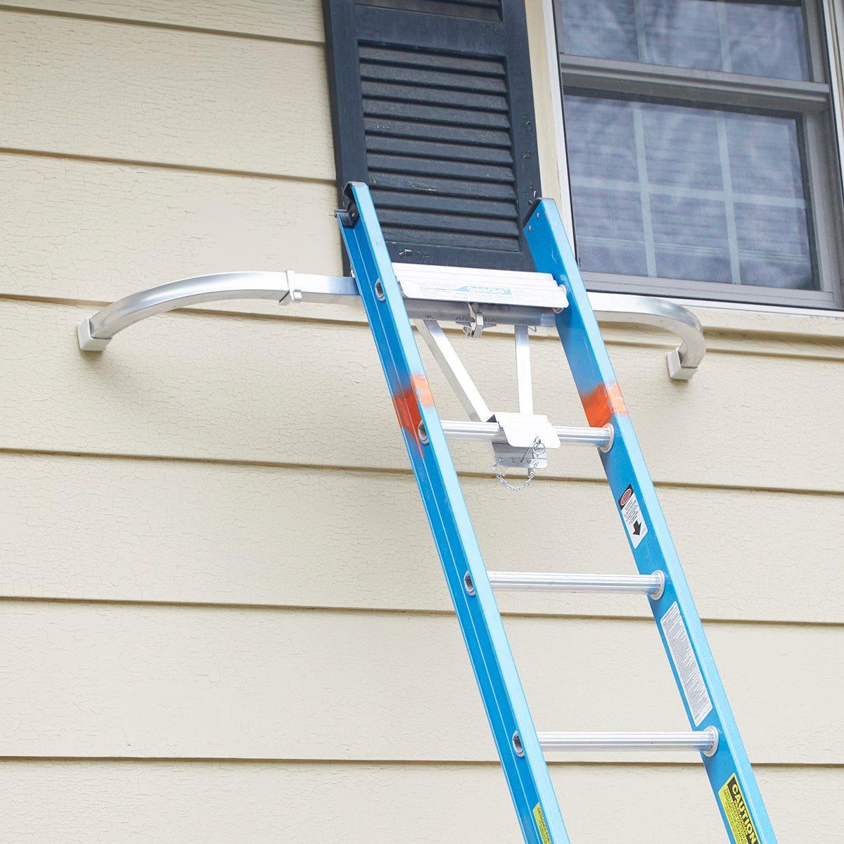 Ladder stabilizer