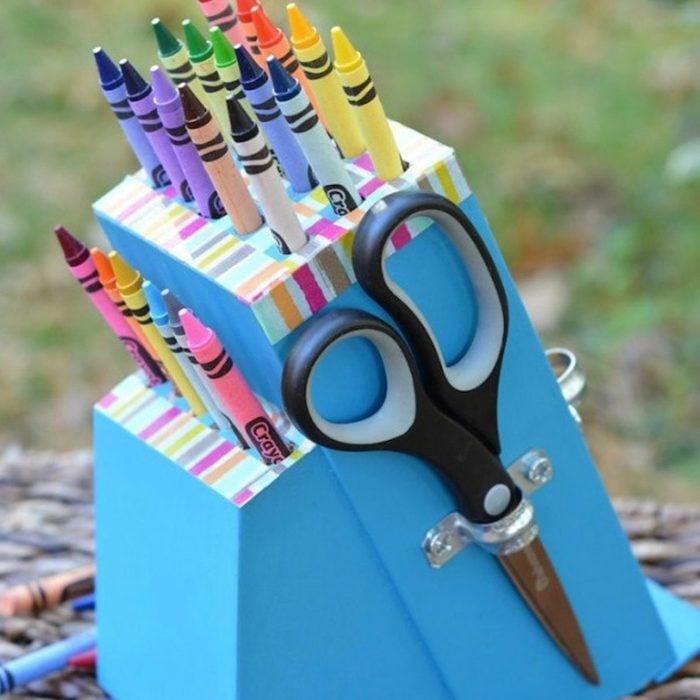 Knife Block Crayon Holder