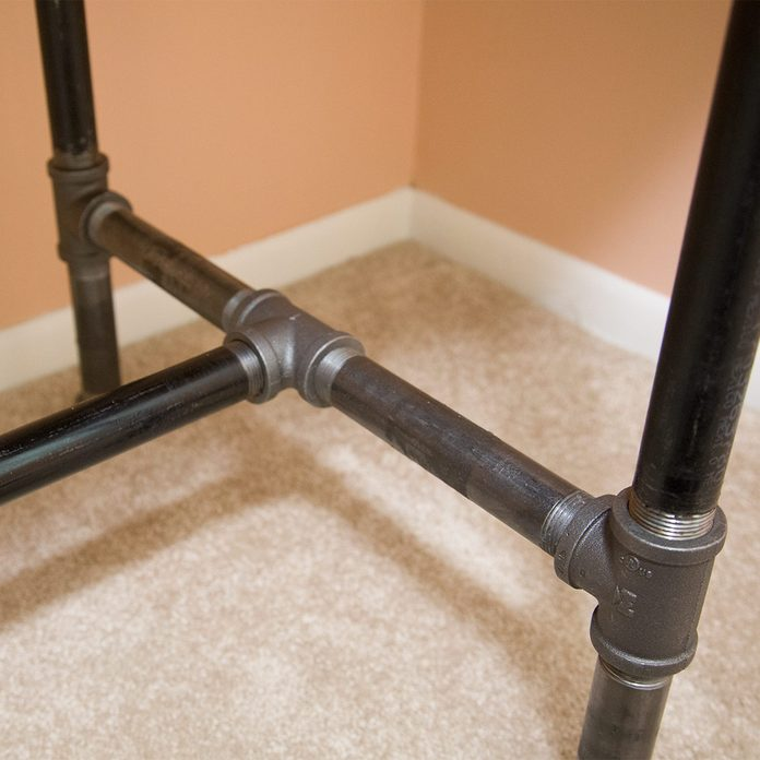 pipe desk detail of legs