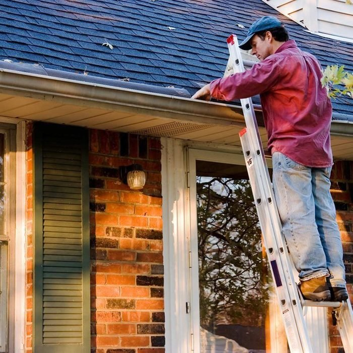 dfh17sep026-215924530-07 clean the gutters fall cleaning