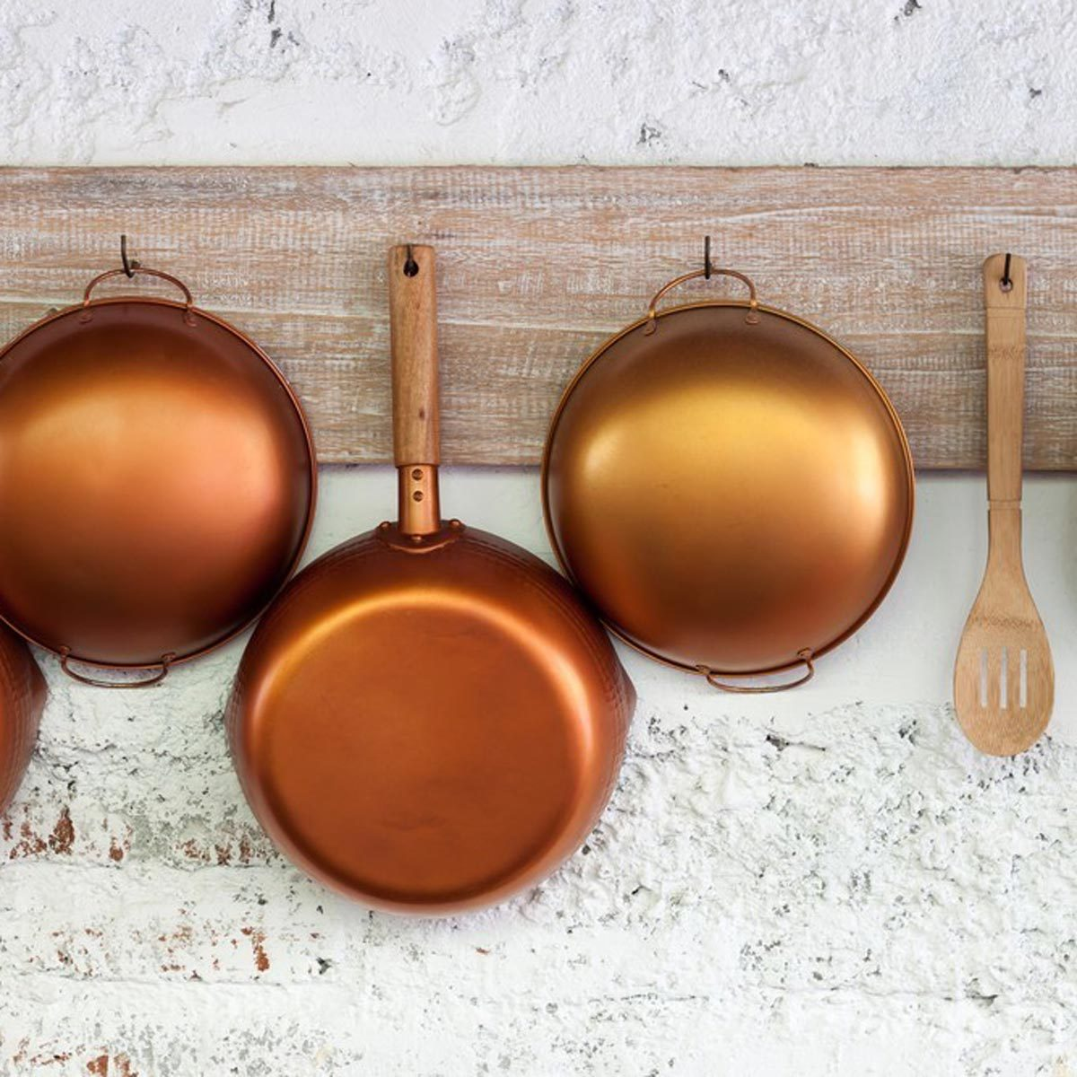 Solutions For Storing Pots And Pans