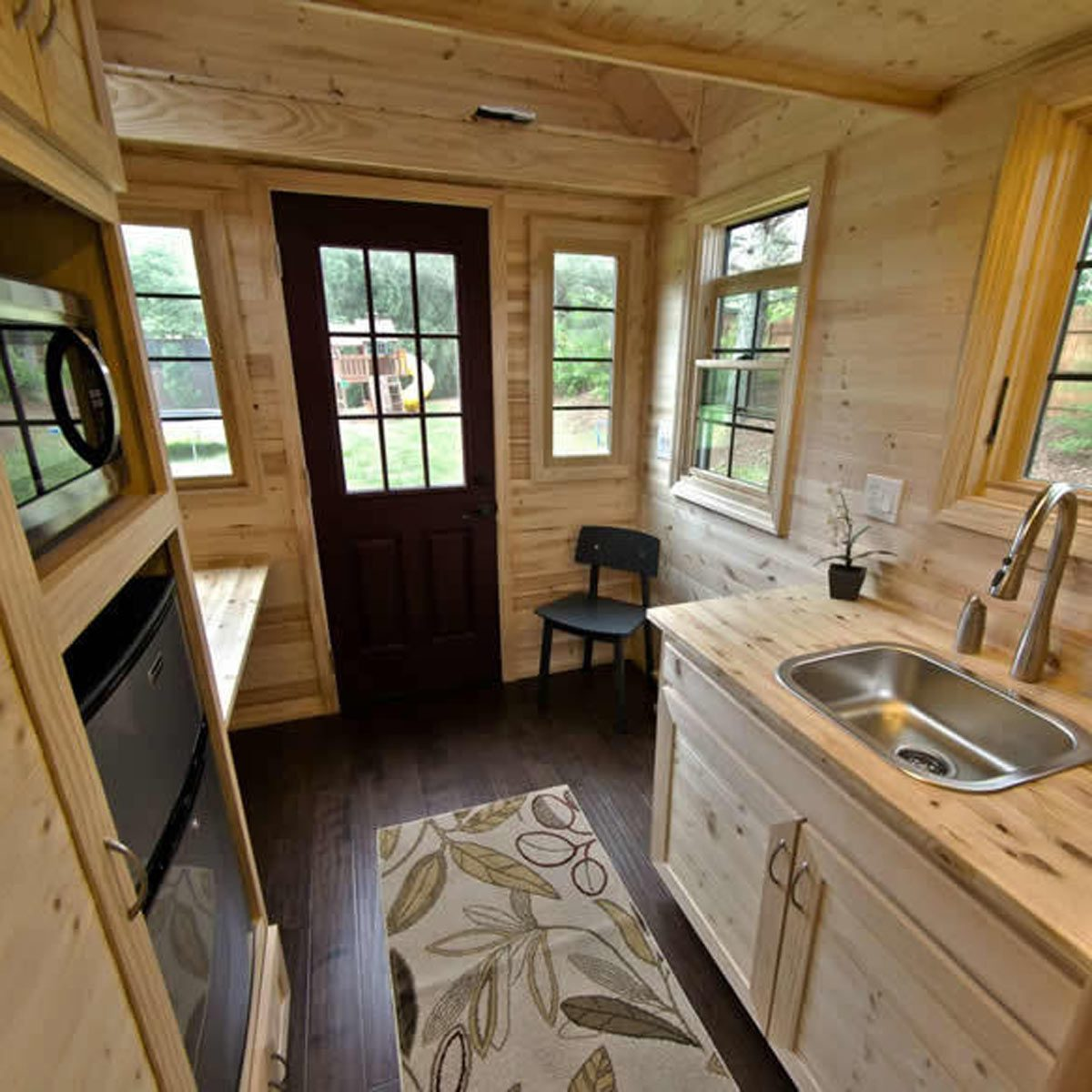 Tiny Living Offers Rustic Beauty And Charm