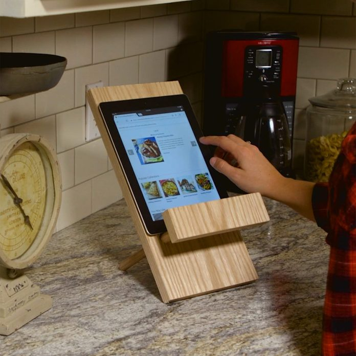 simple tablet stand