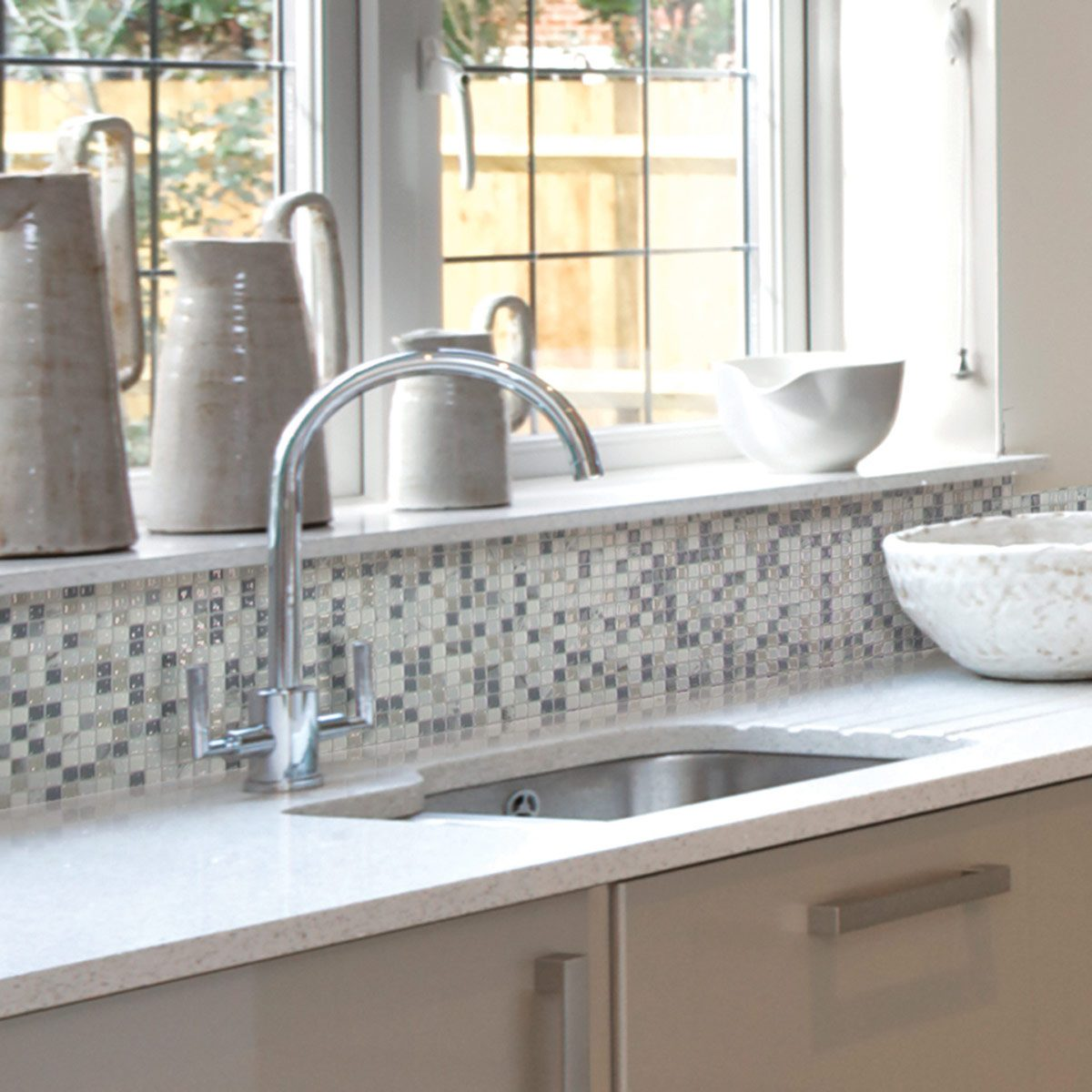 Kitchen Updates: Peel-and-Stick Backsplash Tiles