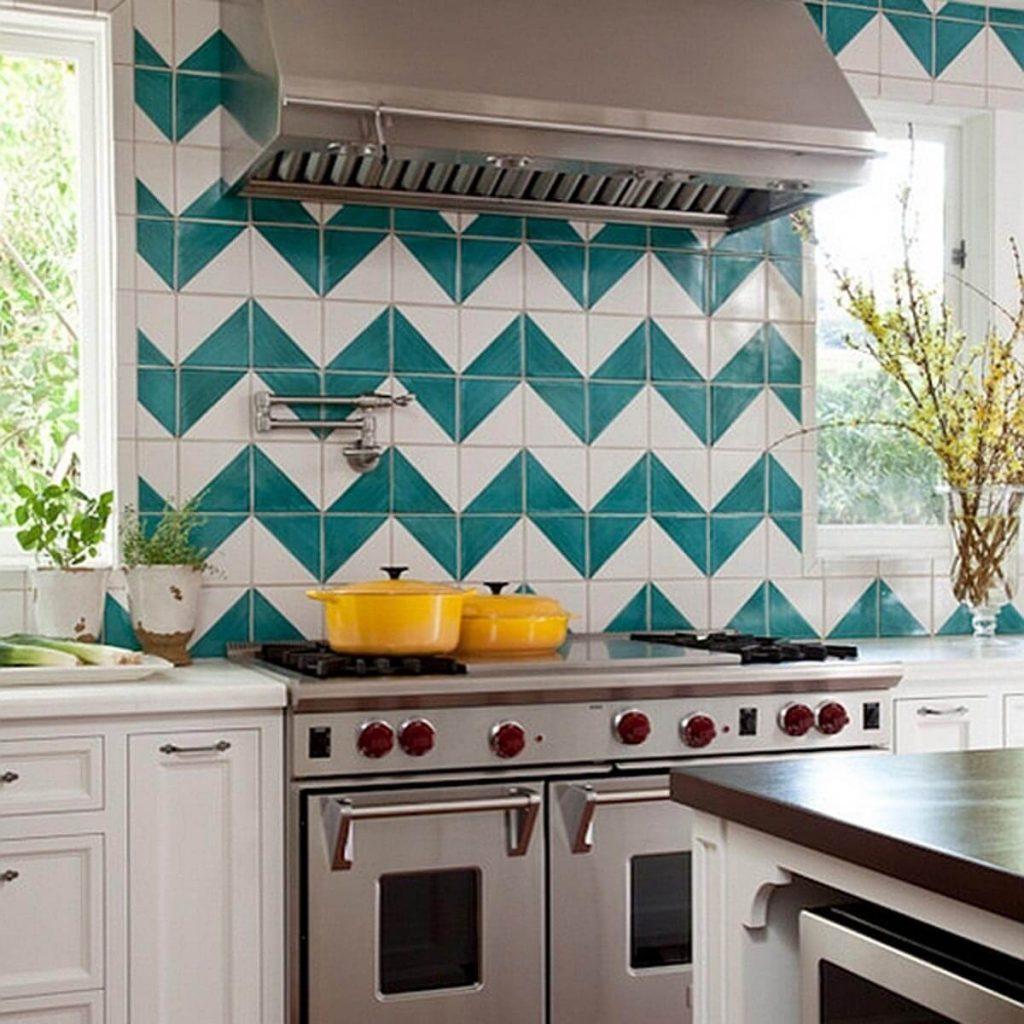 17oct108_14 chevron style backsplash in kitchen oven hood